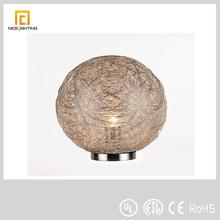 Modern Unique design round Aluminum table lamp