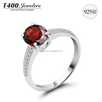 T400 Ring of 925 Sterling Silver with one big Zirconia made from Swarovski Elements 4322