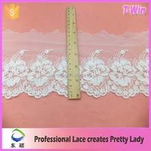 manufacturer hot lace/fashion embroidered applique lace/wholesale new border lace trim for saree