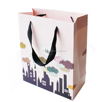 Custom printed Christmas luxury shopping paper bags with handle