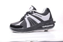 classics black and white brand roller shoes have big wheel like skateboard