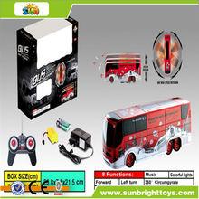 5 dobles canal de rotación de radio control de autobús de juguete con luz& música