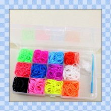 Loom Bands Mega Kit - Over 4400 Pieces - Includes Loom Board, Loom Hoop, 48 Clips, Charms and Storage Case