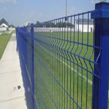 Welded safety mesh fence very popular in the market