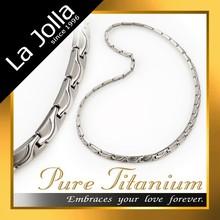 Men's bio magnetic healthy titanium jewelry necklace
