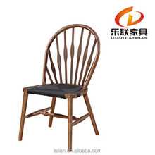 Hot selling in Europe Hans wegner peacock chair natural color classic chairs living room chairs A013