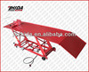 All steel construction lift with heavy duty foot operated hydraulic pump and ram assembly