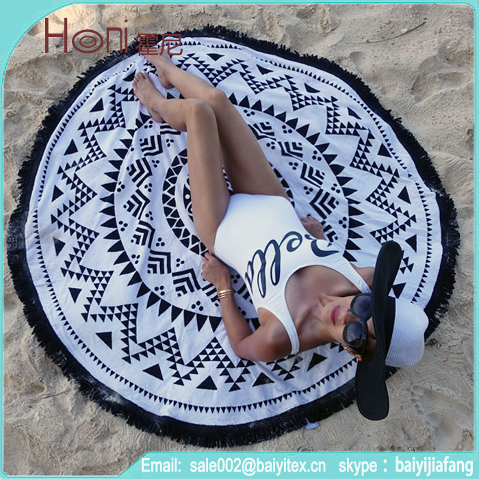 rond serviette de plage avec gland franges ethnique indienne mandala ronde tapisserie avec blanc. Black Bedroom Furniture Sets. Home Design Ideas