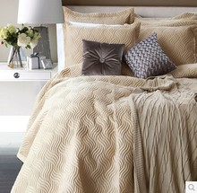 new design quilt ,bedspread,bed throw quilt