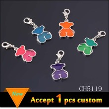 Best selling products tiny zinc alloy silver plated enamel bear pendant with lobster clasp