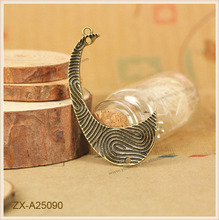 Special TotemFloating Owl Charms Beads Wholesale Fashion Design Zinc Alloy Girl and Boy Charms Pendant