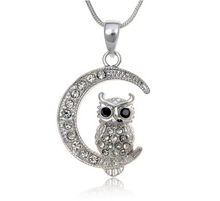 Wholesale Custom Design Availabel Crystal Owl On A Moon Pendant Necklace