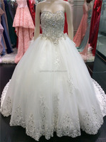 Free Shipping Ball Gown Sweetheart Low Back Appliqued Royal Cathedral Luxury Wedding Gown Long Train Wedding Dress with Bow A097