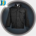 Raciones militares para la venta con 2 boton o bolsillos con cremallera cerrada.