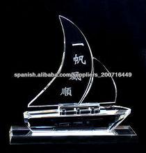 modelo de barco de cristal personalizado