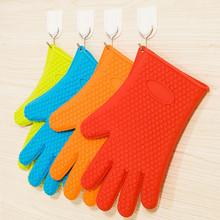 Non-stick food grade silicone oven gloves