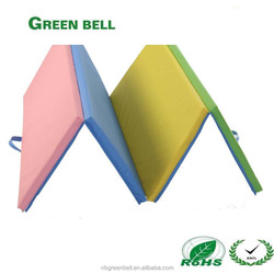 New combination of colors PU or PVC coating foldable plastic gym crash landing mats with handy strap