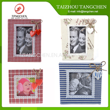 Designed Natural Color folding wooden Photo frame,picture photo frame