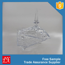 LXHY-CE0827 pressed crystal vintage glass butter dish designed with delicate pattern
