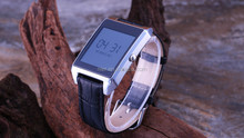 2014 hot new product sport x2 smart watch with ink screen, bluetooth watch phone China supplier