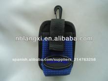 tijeras de la correa de la bolsa con el clip