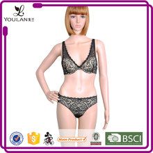 Low Price Fitness Young Lady Unique Transparent Sexy Bra Set Underwear