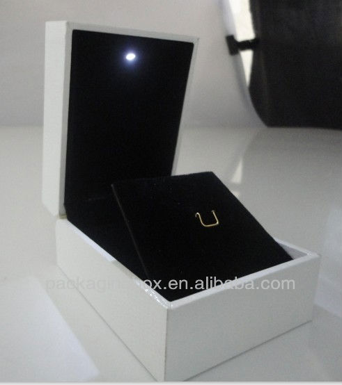 Led light jewelry boxes