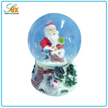 Fashion different shape resin christmas santa snow balls