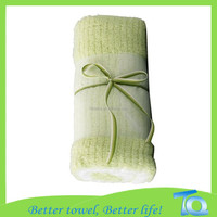 Super soft 100% Cotton Two pieces Matcha green towel and white towel