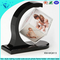 New style roating crystal cube acrylic photo frame holder with black base
