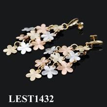 di alta qualità oro orecchino fiori oro semplice disegni orecchino per le donne gioielli placcato in oro ingrosso