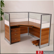 High wall office cubicle design for single person