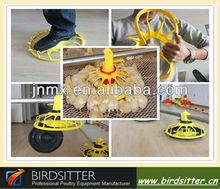 comedero para pájaros de plástico