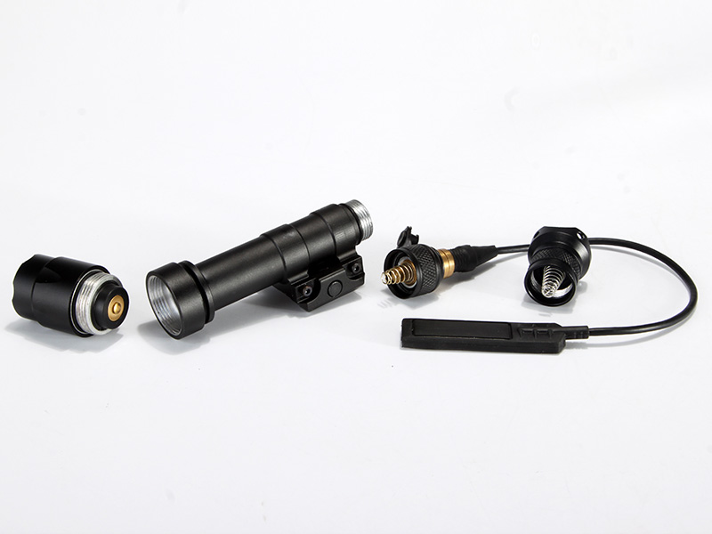 HY3235 M600A LED Weapon Flashlight Weaver Rails-Mountable With Remote Pressure Switch In Black  (6).jpg