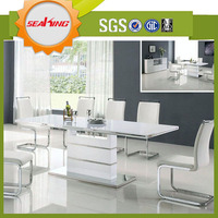 Extendable Modern Glass Dining Table Made Of Tempered Glass Top