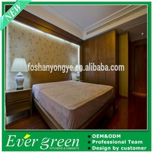 2015 Ever Green Brown Solid Wood Modern Bedroom Wardrobe Design