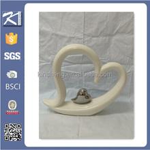Top quality heart shape white antique porcelain figurine