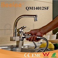 China Modern Kitchen Designs Commercial Brass Single Handle Deck Mounted Chrome Water Tap Kitchen Sink Pull out Kitchen Faucet