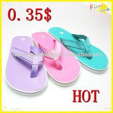 2014 china moda venta caliente baratos nueva a granel estilo flip flop sandalia