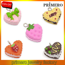 PRIMERO 30pc/Package Acrylic resin Charm Pendants Heart cupcake 5 color Painted Jewelry Accessories Wholesale 16x15mm-20x15mm
