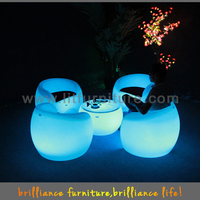 LED Fashion furnitures Popular Colorful Cafe Table and Chairs