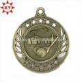 Producción de encargo 3d grabado medalla metal con deporte