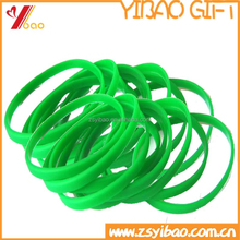 pure color thin silicone wristband/green rubber bracelet grow in dark