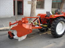 40HP 4WD Tractor mounted with snow sweeper for sale