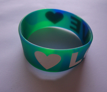 personal Custom thin silicone wristbands