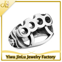 Fashion silver hole punch ring