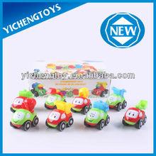 mini y el estilo de dibujos animados tire hacia atrás de acción coche de juguete