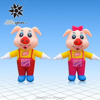 Hot selling lovely inflatable moving cartoon pig