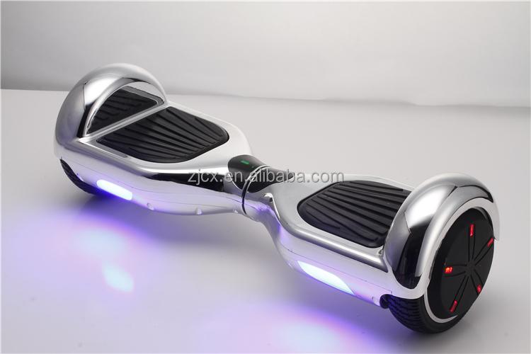 Bon Prix fo rSmart Balance 2 Roues Électrique Scooters Intégré clignotant lumières Balance board