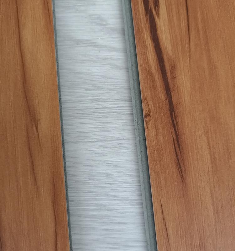 Piso de madera de pvc de roble precio respetuoso con el medio ambiente de vinilo